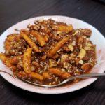 ガリガリ自家製食べるおかずラー油☆柿の種入り新潟バージョン!手作りレシピ